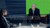Mockup of Corporate Meeting Room: Executive Director presents data to a Board of Executives about Company's Future on a Chroma Green Screen Monitor with Trackers. Shot on ARRI ALEXA Mini UHD Camera.